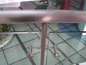 glass balustrade panel